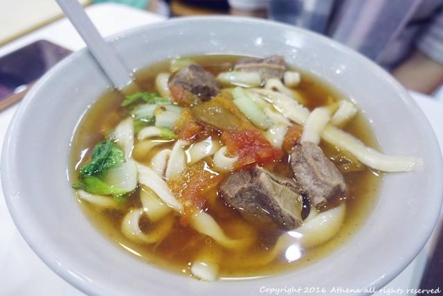 台北 ▌東門站 : 永康街人氣美食 牛肉麵+芒果冰 跟韓國朋友一起逛永康街