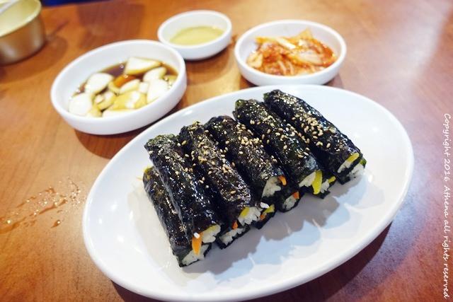 韓國首爾 ▌廣臟市場美食:朴家綠豆煎餅박가네빈대떡 好吃的麻藥飯卷 綠豆煎餅