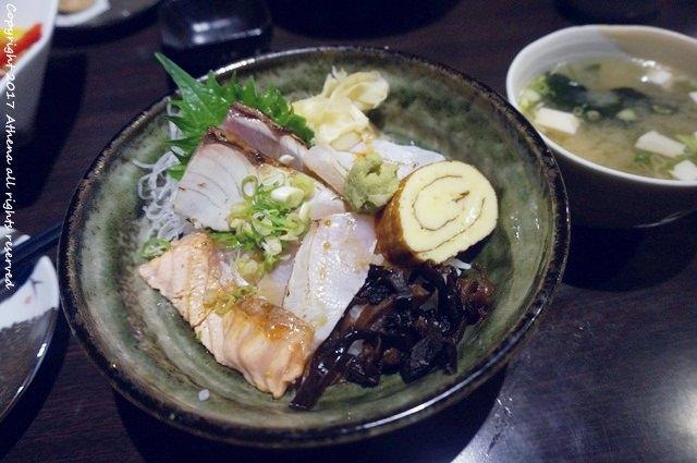 台北食記 ▌古亭站 : 翌食堂 日本料理 秩燒海鮮丼飯讓人好滿足!內含菜單