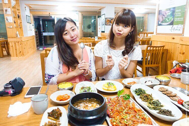 韓國江原道 ▌平昌美食推薦:흔들바위 搖擺的岩石 野菜定食 品嘗當地特色健康料理