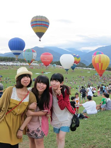 │旅遊│台東熱氣球之旅Day1-3:鹿野。2012臺灣熱氣球嘉年華❤