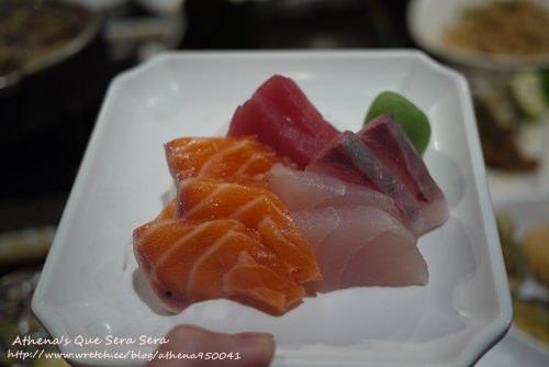 食記 ▌台中。和原居食屋-文心店(日式料理吃到飽)