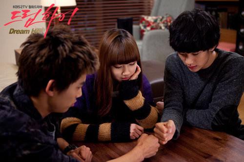 韓劇推薦 ▌드림하이 Dream High 夢想起飛 一群關於高中生夢想和愛情的故事