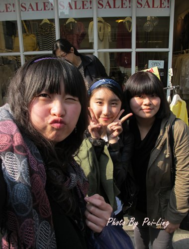 韓國 ▌首爾自由行 : 新沙洞的林蔭道!不專業街拍 #2011首爾旅行(13)