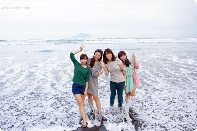 ▌宜蘭 ▌頭城。外澳海邊~幸福沙灘踏浪去,龜山島就在你眼前 ♥ (日韓少女幫的姊妹出遊)