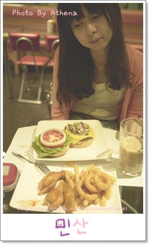 │食記│大俠愛吃漢堡包。Enjoy Kitchen。