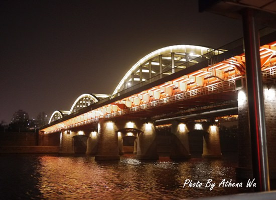 韓國 ▌首爾自由行 : 高速客運巴士地下街+燒錢漢江遊覽船 #2011首爾旅行(14)