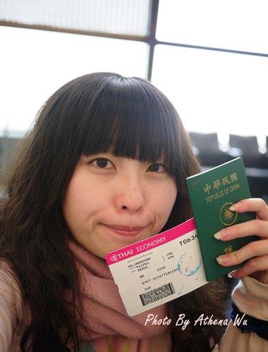 韓國 ▌首爾自由行 : 韓國你好。仁川機場(含泰航飛機餐) #2011首爾旅行(1)